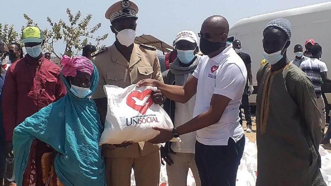 Décharge de Mbeubeuss - Unisocial au chevet de 200 récupérateurs du 3 ème avec des kits alimentaires