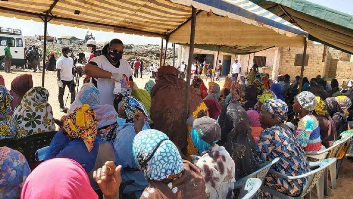 UNISOCIAL Sénégal : Don de 350 kits alimentaires à Mbeubeuss par l'Église Universelle du Royaume de Dieu (en images) 6