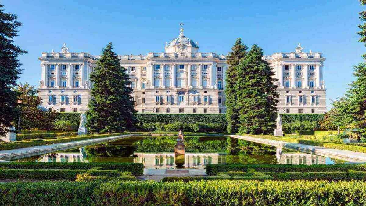 7- Le palais royal de Madrid, Espagne
