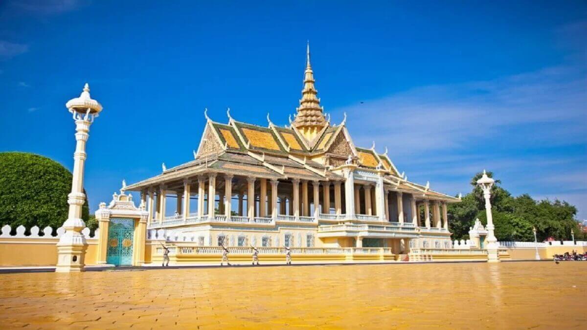 8- Le palais royal de Phnom Penh, Cambodge